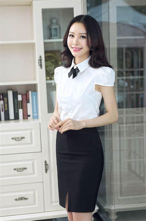 Kemeja Pria Lengan Pendek Kerah Shanghai Putih List Hitam 4299 model baju lengan pendek trend 2015 model baju kerja