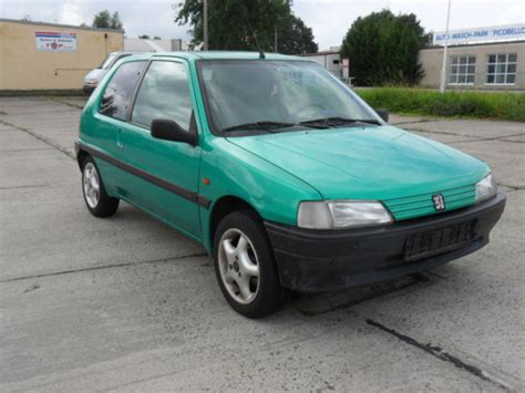 peugeot green peugeot 106 green photos reviews specs buy car