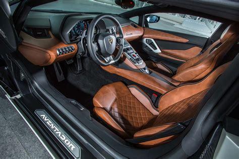 lamborghini aventador interior lamborghini aventador s 2018 primer manejo motor trend