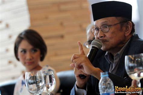 film indonesia habibie bj habibie bawa habibie ainun ke harvard kapanlagi com