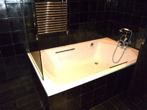 hotels with huge bathtubs huge bathtub picture of market hotel barcelona