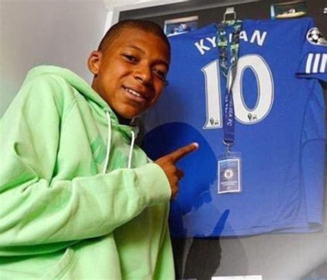 kylian mbappe years chelsea and real madrid had kylian mbappe on trial