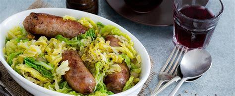 ricetta per cucinare la verza ricetta verza con salsiccia per l inverno agrodolce