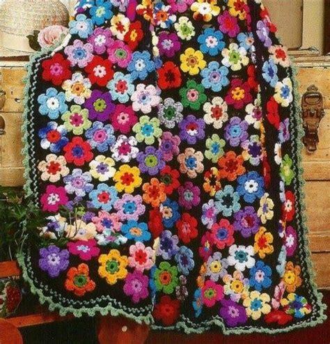come si fa un fiore all uncinetto 1000 idee su coperta di fiori all uncinetto su