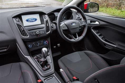 review ford focus zetec s black edition 2016