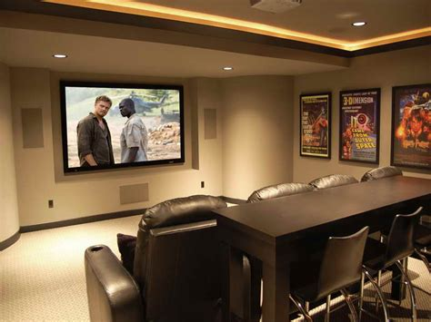 membuat layout ruang rapat membuat ruang media kecil dengan pengalaman menonton