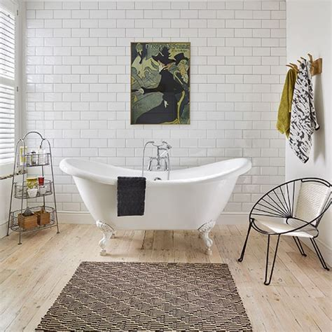 White Modern Bathroom With Metro Tiles And Artwork Modern Bathroom Tiles Uk