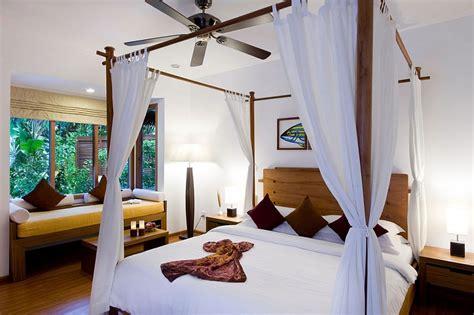 exotic island resort  maldives indian ocean holidays