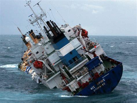 umwelt schiff sinkt  aermelkanal welt tagesspiegel