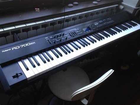 Keyboard Roland Rd 700 Bekas roland rd 700sx image 672486 audiofanzine