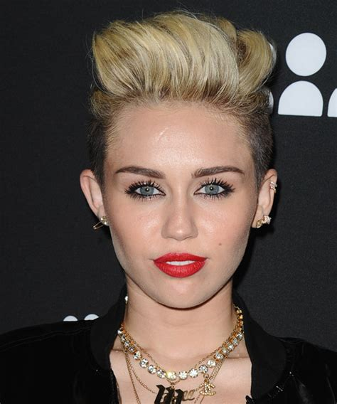 what is the name of miley cryus hair cut miley cyrus short straight casual undercut hairstyle