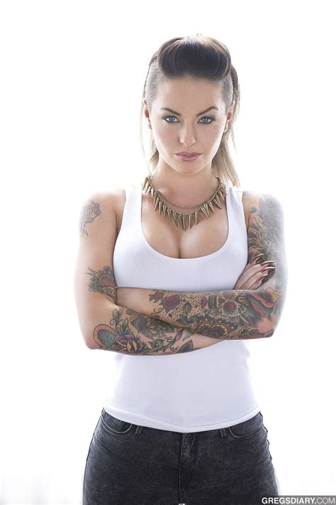 how to do christy mack hair christy mack arms look awesome tat it up pinterest