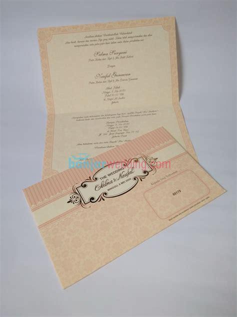 Ready Undangan Pernikahan Era Baru 88179 Undangan Nikah undangan pernikahan pink lop eb88179 banjar wedding banjar wedding