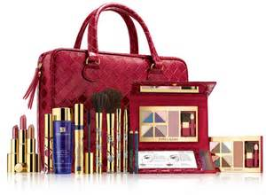 the gallery for gt estee lauder makeup kit 2013