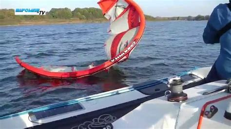 small boat kite trimaran corsair f27 mit kite boat system von wingit youtube