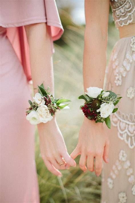 Hochzeit Corsage by 25 Best Ideas About Bridesmaid Corsage On
