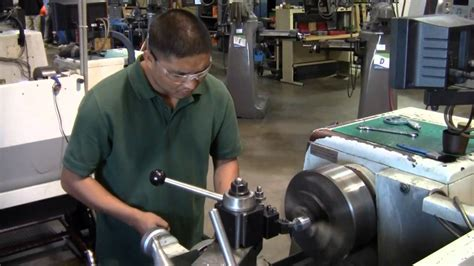 Cnc Machinist by Erie Pa Cnc Machinist School Erie Institute Of Technology