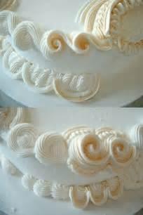 lambeth method piping cakes cake decorating