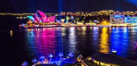 the best ways to see the lights at vivid sydney frugal