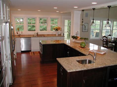 U Shaped Kitchen With Island Floor Plans Subway Tile