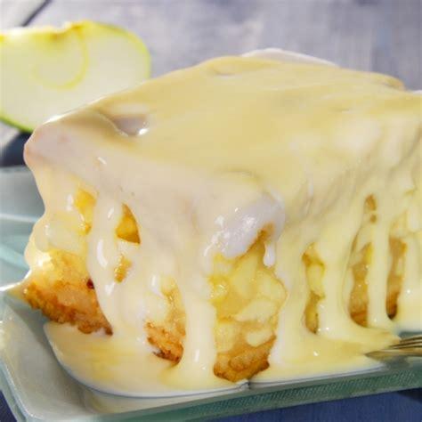 apple dapple cake recipe 13 x 9 pan apple cake with vanilla cream sauce recipe