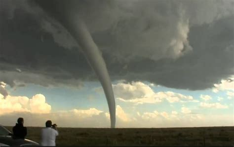 biggest tornado ever biggest tornadoes ever recorded the cing canuck