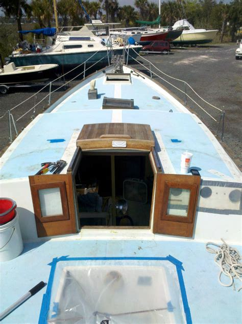 houdini boat hatches rebuilding the companionway hatch 171 downeaster yachts