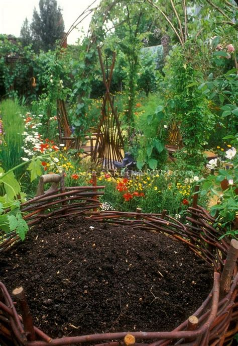 13 Best Images About Gardening Compost On Pinterest What Manure Is Best For Vegetable Gardening
