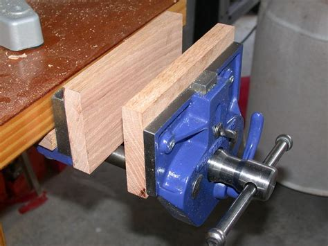 popular making  wood bench vise grand woodworking plans