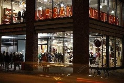 Outfitters Garden State Plaza by Outfitters Outlet Stores