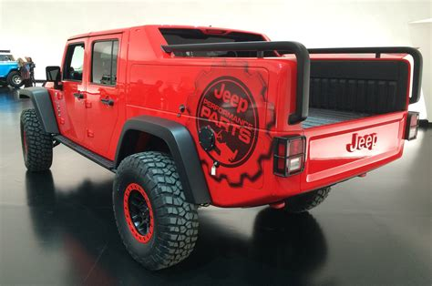 jeep red jeep pulls back cover on wrangler red rock concept motor