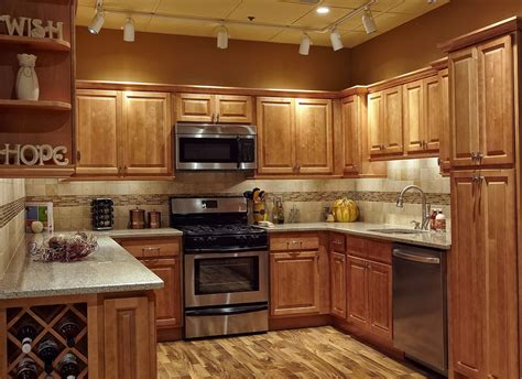 tile backsplash ideas  oak cabinets savary homes kitchen backsplash  oak cabinets