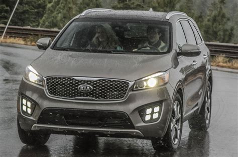 2016 Kia Sorento 2016 Kia Sorento Reviews And Rating Motor Trend