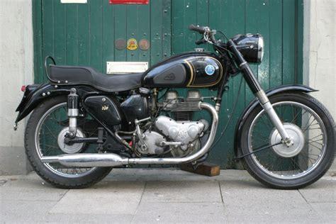 Motorrad De Verkauf by Motorr 228 Der Zum Verkauf Single And