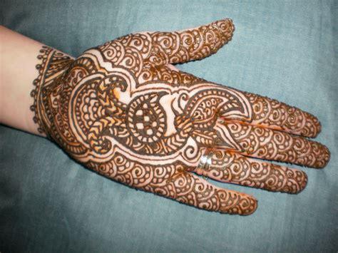 indian mehndi design  women sheclickcom