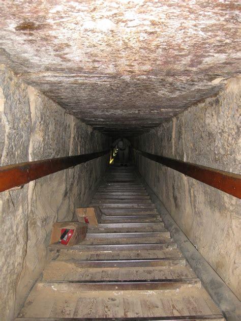 pyramiden innen 05 01 the pyramids tour tripmunks