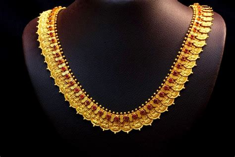 Kerala Home Design October 2015 by Indian Jewellery Designs Traditional Kasu Mala Design