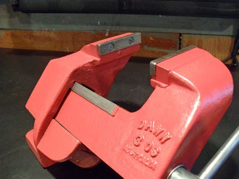dawn bench vice 1000 images about miscellaneous bench vises on pinterest