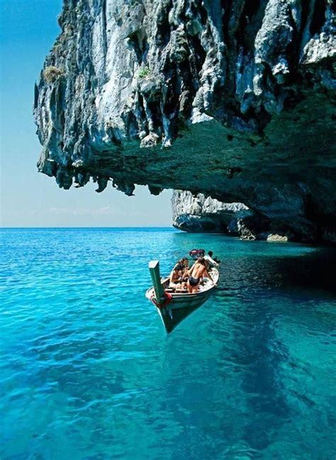 best hotel on phi phi island best 20 phi phi island ideas on hotel koh phi