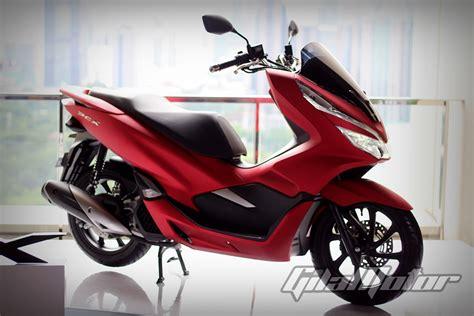 Yamaha Pcx 2018 by Akhirnya Diproduksi Lokal Harga Honda Pcx 2018 Mulai Rp27