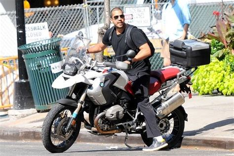 Bmw Motorrad Nyc by David Blaine Was Spotted Leaving An Apartment In Nyc And
