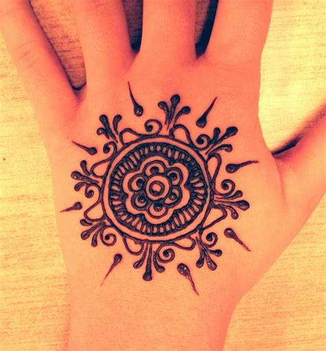 how to do a fake tattoo 25 best ideas about easy henna on henna