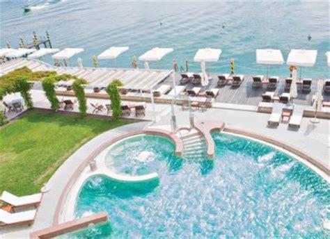 hotel con idromassaggio in lago di garda hotel con centro benessere al lago di garda