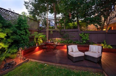 18 great design ideas for small city backyards style