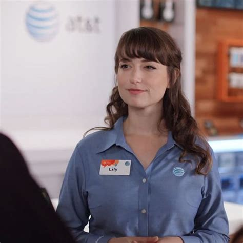 verizon commercial actress att lilly at t spies from verizon commercial odds and