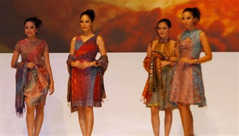 Batik New Marimar Series gelar batik nusantara 2013 a new wave of batik innovation