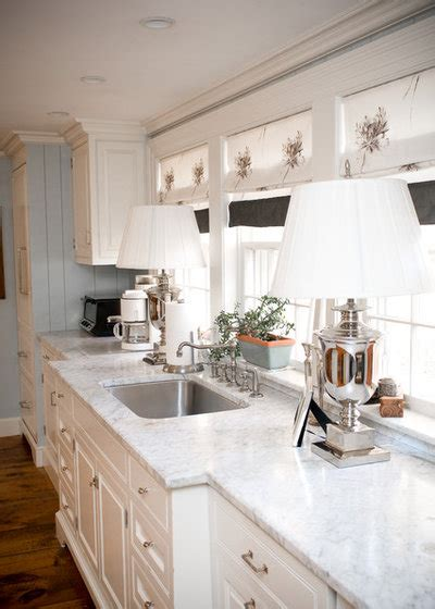 dream spaces  beautiful white kitchens