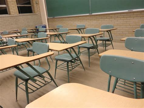 Normal Standard Table Free Picture Student Desks Classroom Chairs Tables