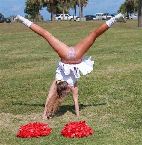 Cheerleader Cartwheel Results In Pantyhose Upskirt Upskirt