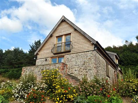 cottages in mid wales hiraeth friendly cottage in dolau mid wales